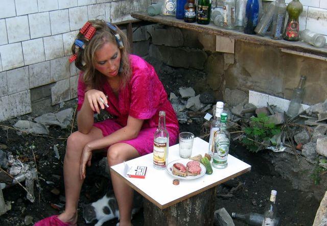 Женщина-алкоголик-второй-степени